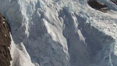 Les spectaculaires cascades glaciaires  Airdevronsix