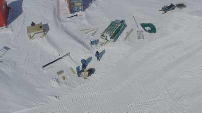 Forage dans la glace (programme scientifique Subglacior)