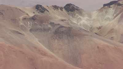 Volcans Juriques et Licancabur, près de la Laguna Verde