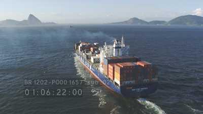 Trafic maritime dans la baie de Rio