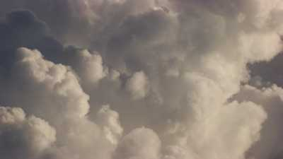 vol au cœur des nuages