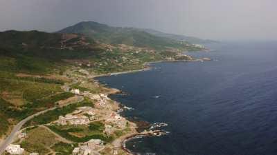 Villages sur la côte près de Béjaïa