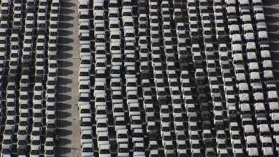 Port industriel de Béjaïa, véhicules entreposés