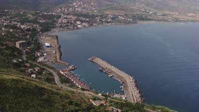 Petit port de plaisance, près de Béjaïa