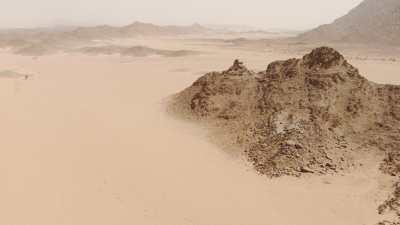 Désert, sable et roches près de Djanet