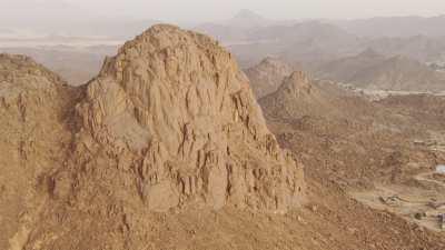 Montagne surplombant Djanet