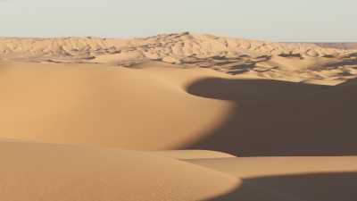 Les formes douces des dunes sahariennes