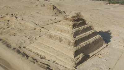 Pyramide à degrés du roi Djéser