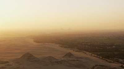 Site archéologique de Gizeh  dans le couchant