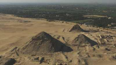 Pyramides d'Abousir et Nécropole de Saqqarah