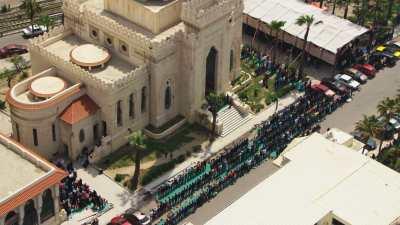 Mosquée et prière en centre-ville