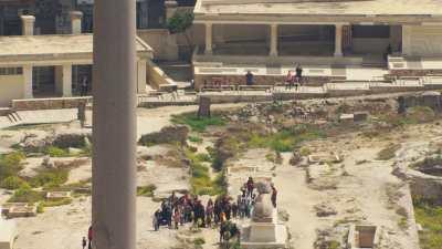 Le Sérapéum d'Alexandrie, colonne de Pompée, Sphinx, et touristes