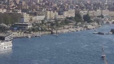 Voiliers sur le Nil et Assouan