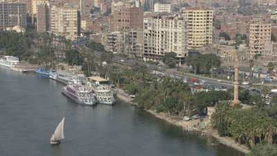 Bords du Nil en ville