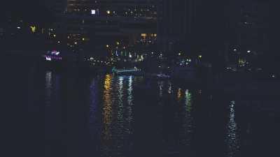 La nuit au dessus du Nil au centre-ville