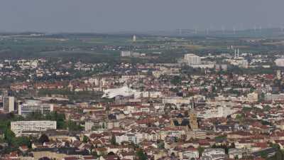 Centre Pompidou Metz, vue d'ensemble ville et toits