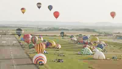 Décollage de montgolfières