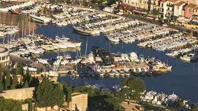Le port de plaisance de Cassis