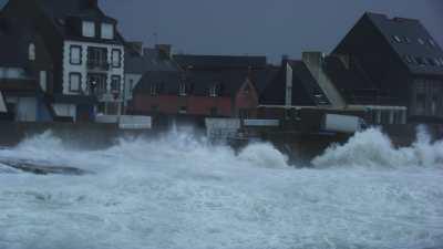 Tempête au port du Guilvinec