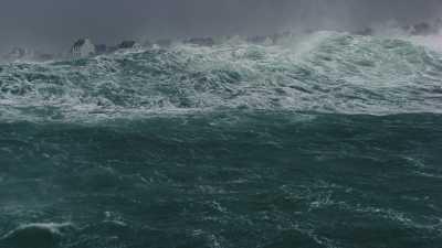 Tempête en Bretagne, extraits du film HUMAN