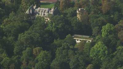 Le Domaine de Longchamp et la fondation Goodplanet