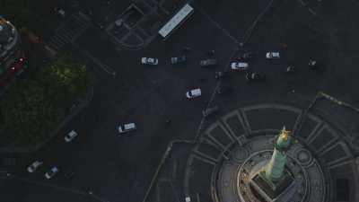 Place de la Bastille, la Colonne de Juillet,  l'Opéra Bastille
