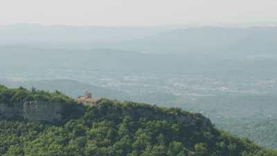 Villages de Provence dans les collines