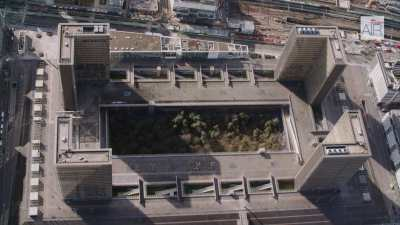 La Bibliothèque Nationale de France site François Mitterrand avec ses jardins