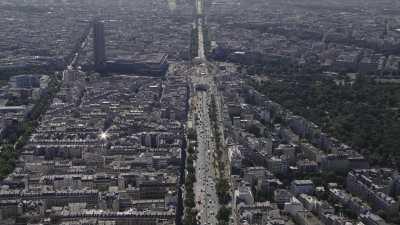 De Neuilly-sur-Seine à Paris Porte Maillot