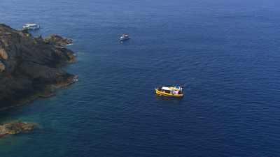 Bateaux de tourisme autour de l'île de Port-Cros