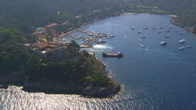 Forts et village de Port-Cros