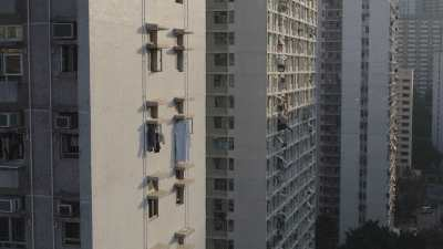Immeubles blancs à Hong Kong