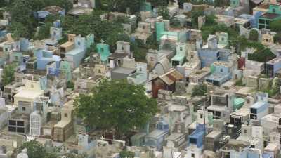 Quartiers de Port-au-Prince,cimetière, marché, port