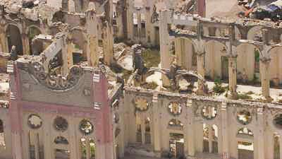 La cathédrale Notre-Dame de l'Assomption en ruines