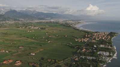 Port et plages de Carrare