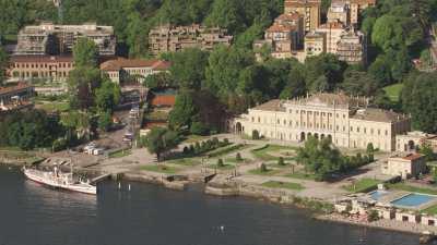 Villa Olmo, Lac de Côme