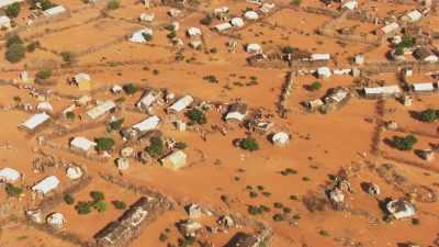 Maisons misérables du Camp Hagadera
