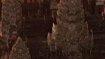Approche et zoom sur les temples d'Angkor Vat