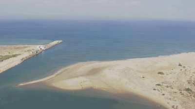 Le long du fleuve Martil depuis Tétouan jusque dans la Méditerranée