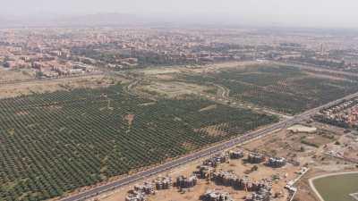 Arrivée vers les Jardins de l'Agdal et l'oliveraie