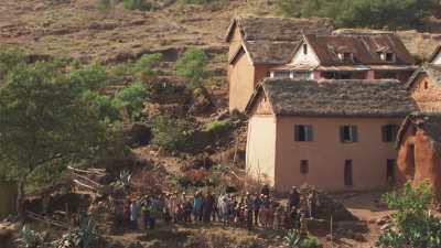 Petit village typique et sa population