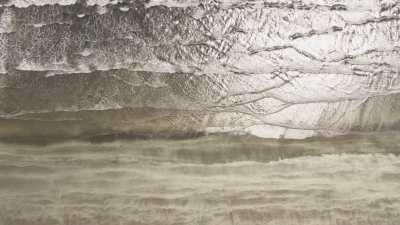 méandres de l'eau dans le sable