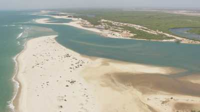 Méandres, un village sur un banc de sable du littoral