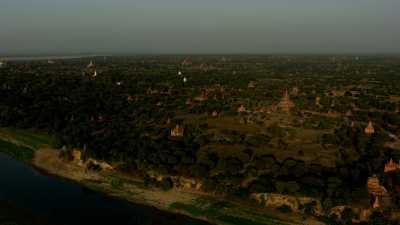 Les temples de Bagan à perte de vue