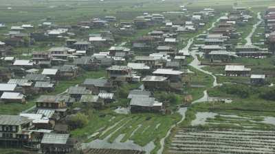 Village de maisons sur pilotis