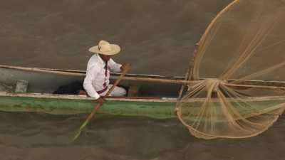 Pêcheurs traditionnels de île de de Janitzio