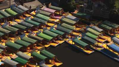 Trajineras colorées de Xochimilco