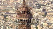 Seine, gros plan Tour Eiffel