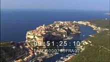 La ville, falaises et le port
