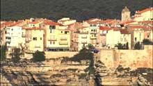 Verticale de la ville, vues depuis la mer
